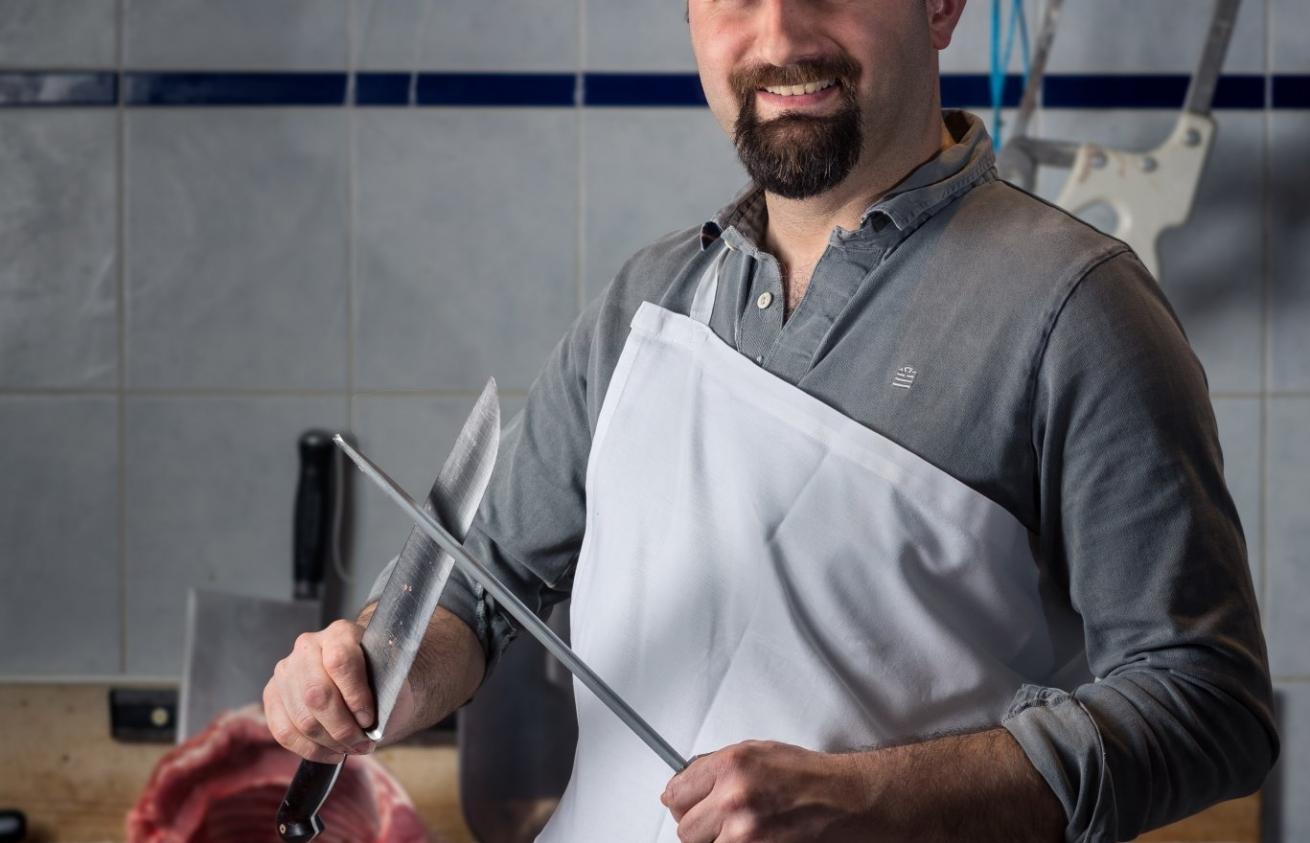 Photographe Lyon Villeurbanne - portrait professionnel artisan commerçant entreprise - Jacques Pinatel - Boucherie Marion et Jacques Pinatel - Gratte-Ciel