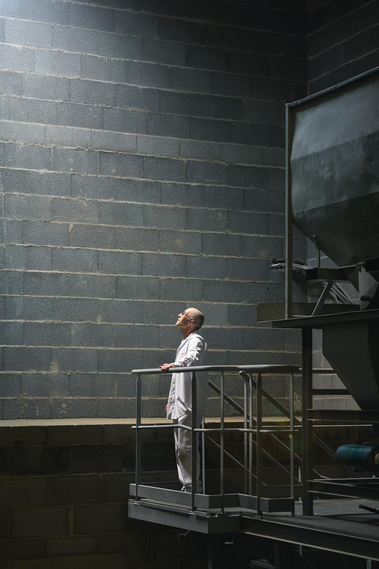 Aurélien AUDY - photographe LYON - shooting Sabarot entreprise 200 ans portraits d'employés salariés