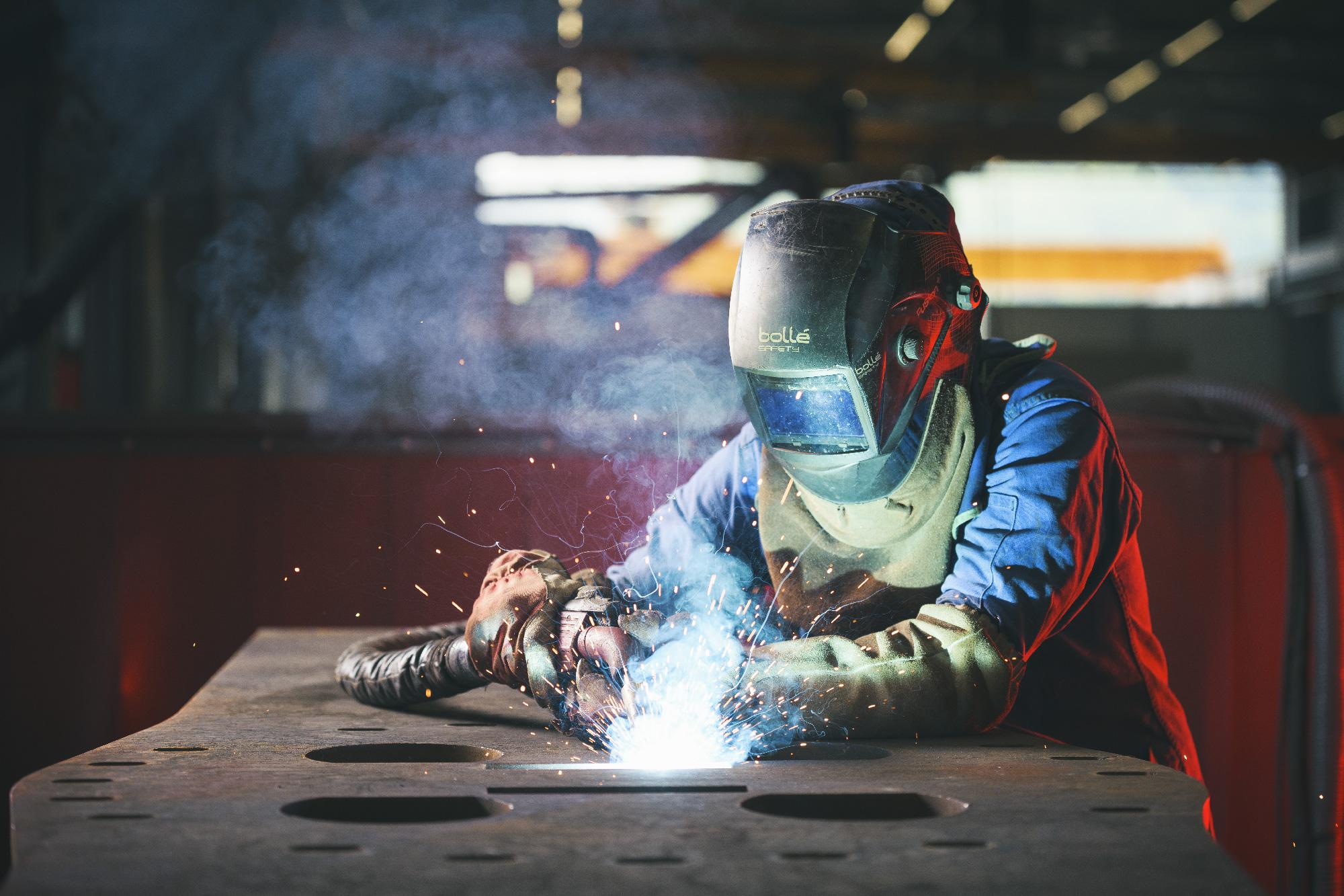 Aurélien AUDY Photographe Lyon - reportage métier portrait industrie professionnels geste technique